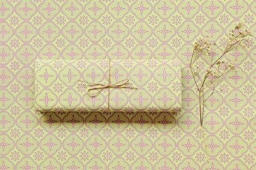 布匹-玻璃海棠花纹/花瓣粉红