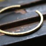 <☞ HAND IN HAND ☜>  黃銅-非假日 手環 (0302)