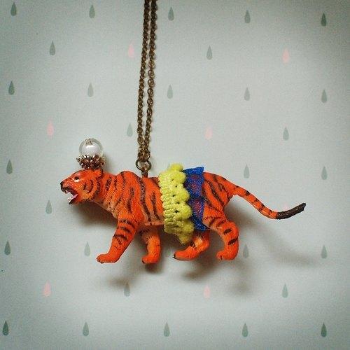 纸袋动物老虎图片
