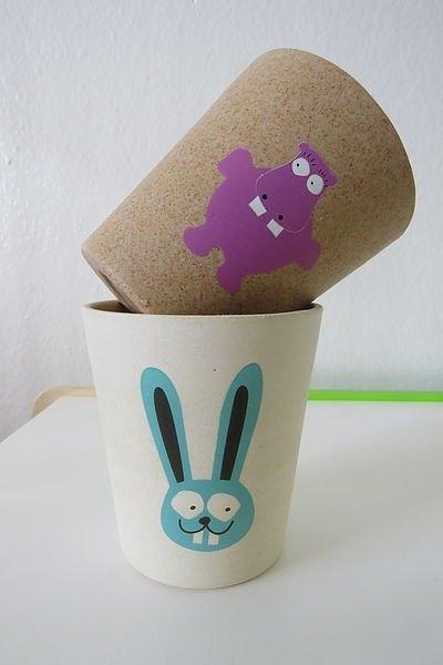 杯子竹子图案设计手绘图