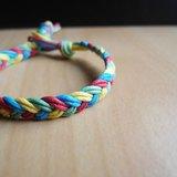 紅黃藍綠 / 手工編織手環