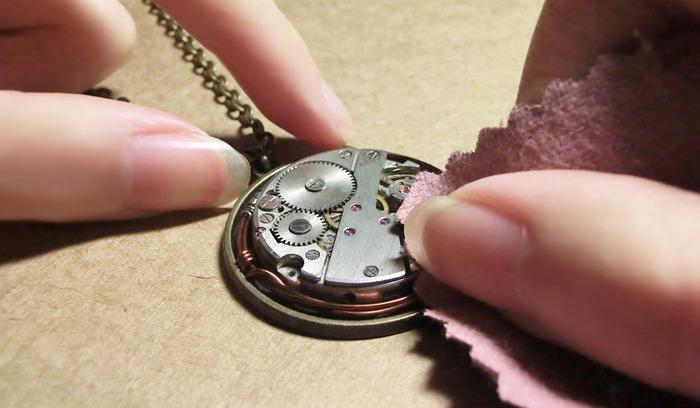 戒指生鏽 銅戒指保養 黃銅戒指保養 戒指保養 合金飾品氧化還原 飾品 黃銅飾品 純銀飾品保養 飾品生鏽