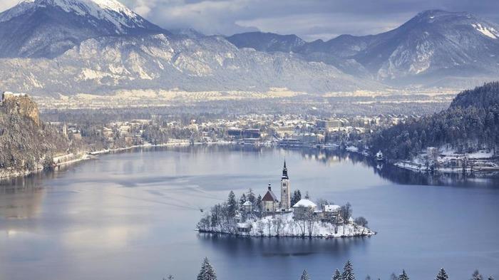 斯洛文尼亞 布萊德 下雪 冬天旅行 旅行 歐洲 下雪的國家 會下雪的國家 下雪國家 下雪城市