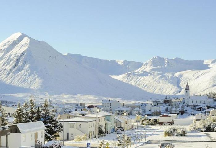 冰島 Siglufjördur 下雪 冬天旅行 旅行 歐洲 下雪的國家 會下雪的國家 下雪國家 下雪城市