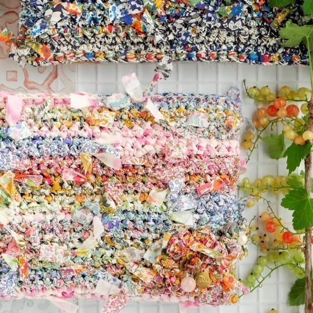 日本品牌 Chiko 的花漾編織 手拿包