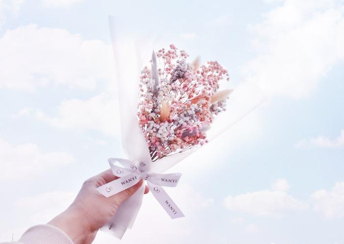粉紅乾燥花花束